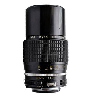 Objetiva Nikon AI 200mm F/4.0 Foco Manual - Usada