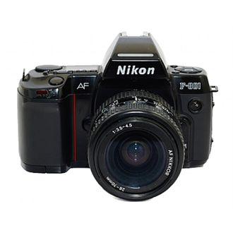Câmera Nikon F801 com 28-70mm F/3.5-4.5