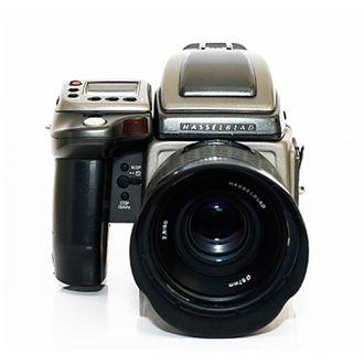 Câmera Hasselblad H2 com 80mm F/2.8 + Back Phase One P25+ - Usada