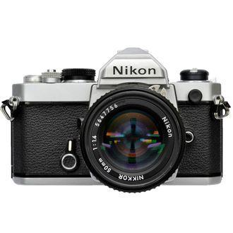 Câmera Nikon FM com Objetiva AI-S 50mm F/1.4 - Usada
