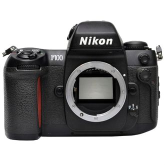Câmera Nikon F100 - Corpo - Usada