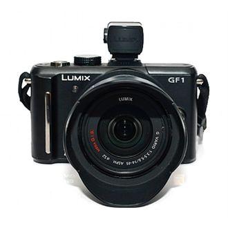 Câmera Panasonic Lumix GF1 com 14-45 mm F/3.5-5.6