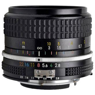 Objetiva Nikon AI 24mm F/2.8 - Usada